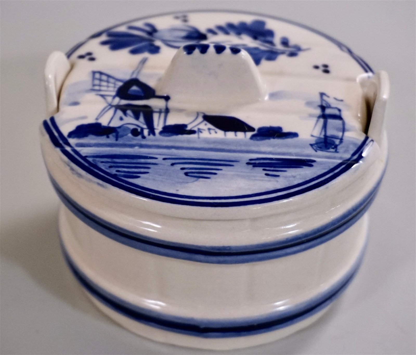 Delft Blue Master Salt Cellar with Lid