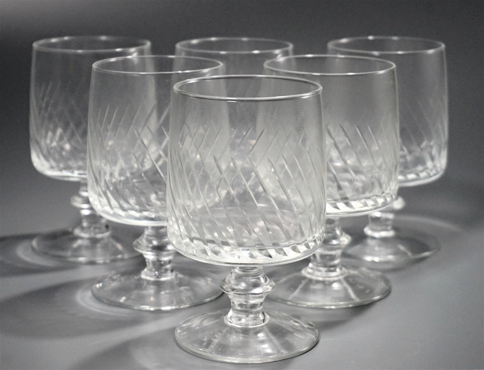 Spiral Cut Clear Glass Goblets Drinking Glasses Lot 6