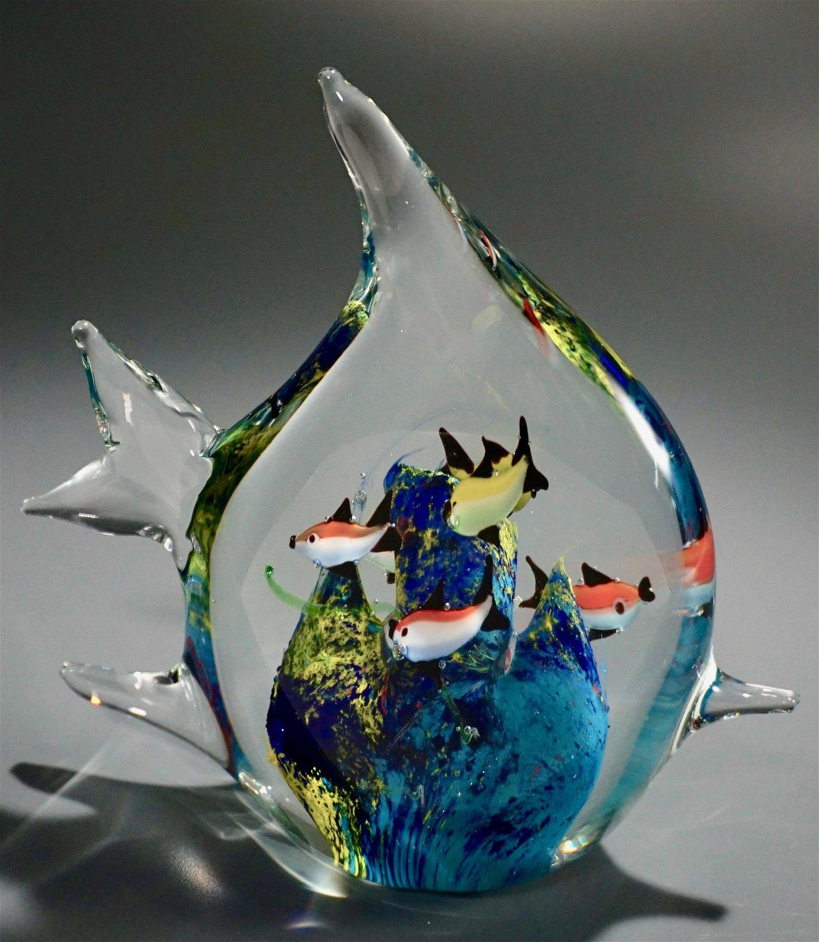 Large Art Glass Fish Bowl Fish Tank Paperweight
