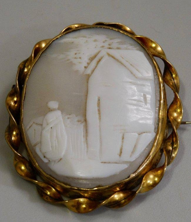 Victorian Shell Cameo Brooch