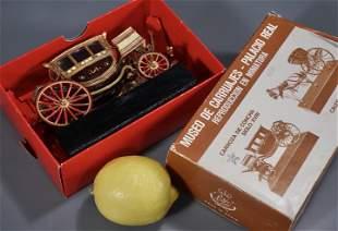 Vintage Artesania Museum Miniature Carriage Palacio