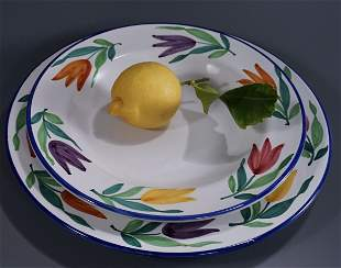 Hand Painted Tulip Italian Deruta Ceramic Soup Bowl and