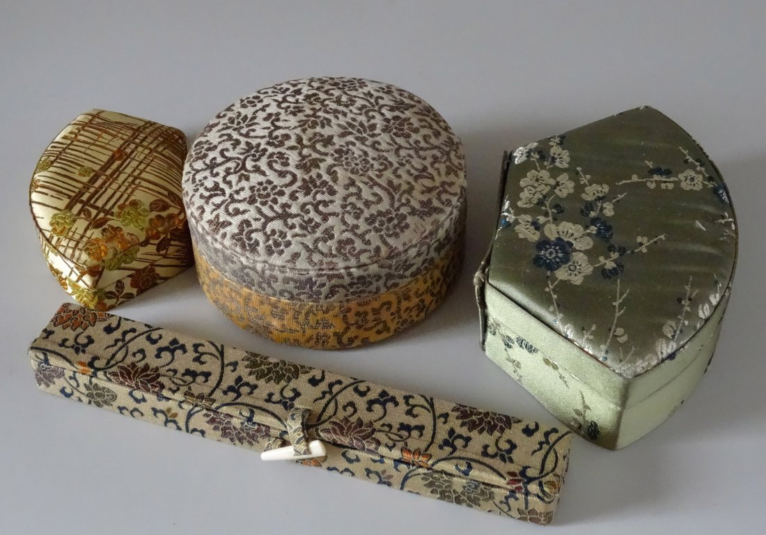 Vintage Chinese Silk Box Trinket Jewelry c 1930-1960
