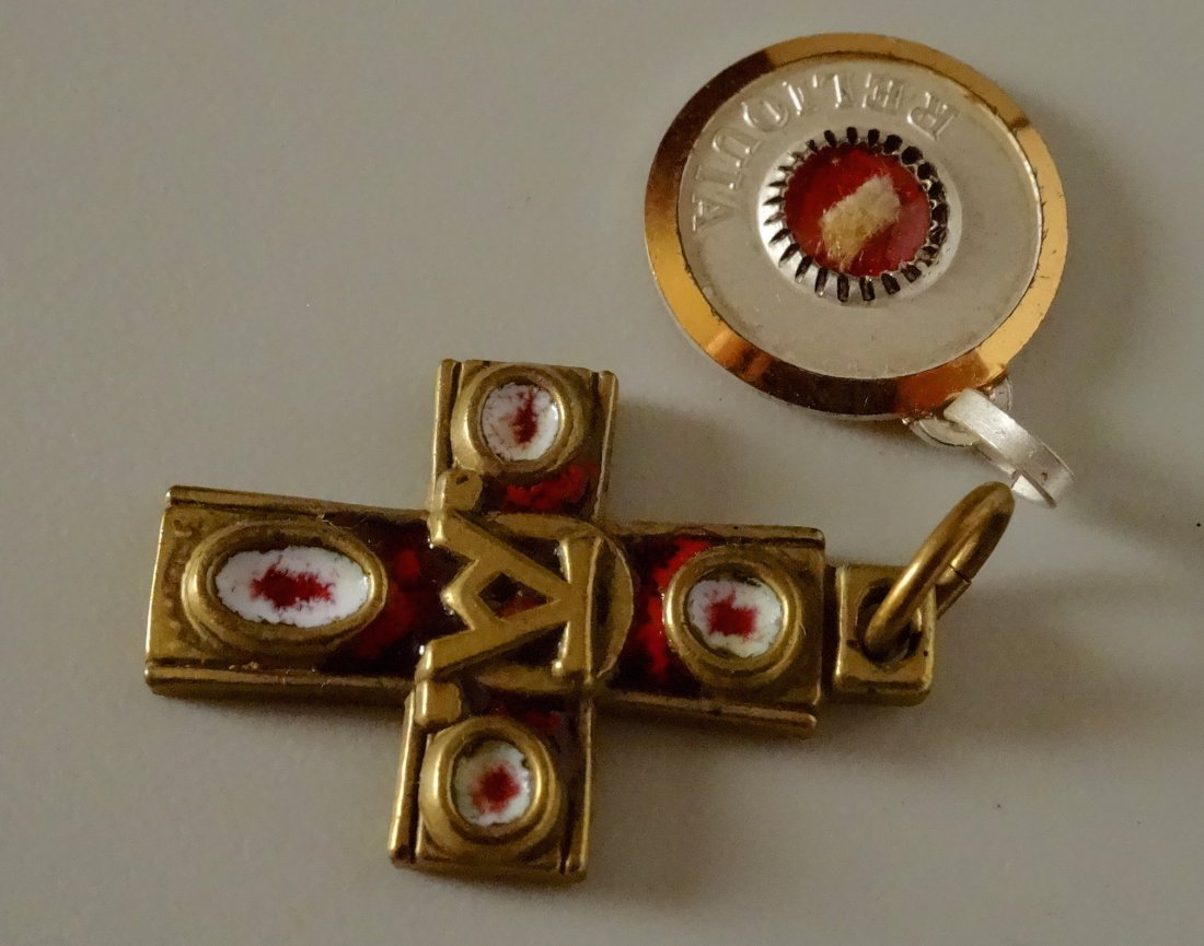Vintage Rome Cross Pendant and Reliquary Sanctus - 2