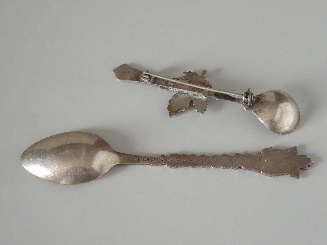 Victoria Canada Leaf Enamel Silver Souvenir Spoon Salt - 2