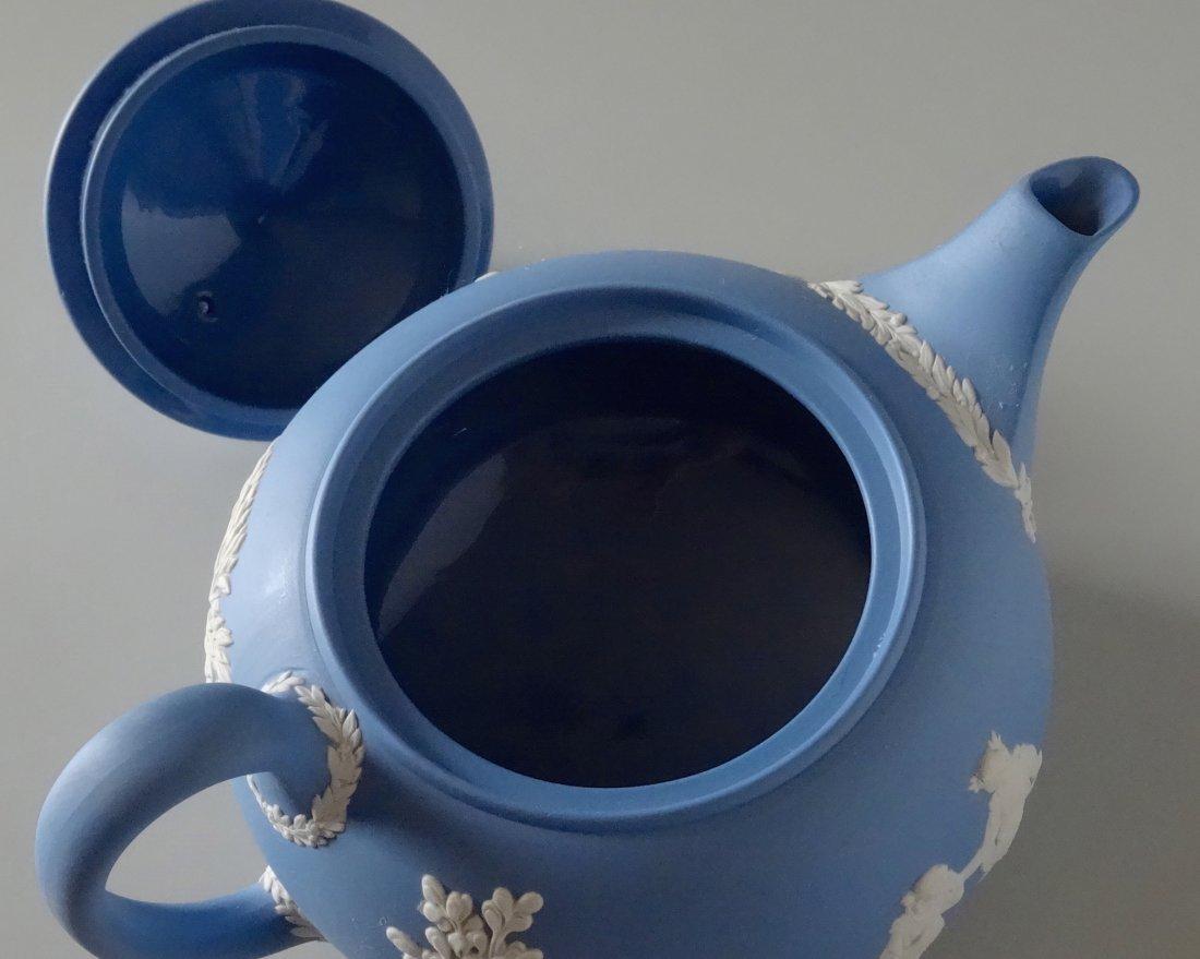 Large Wedgwood Blue Jasper Teapot - 9