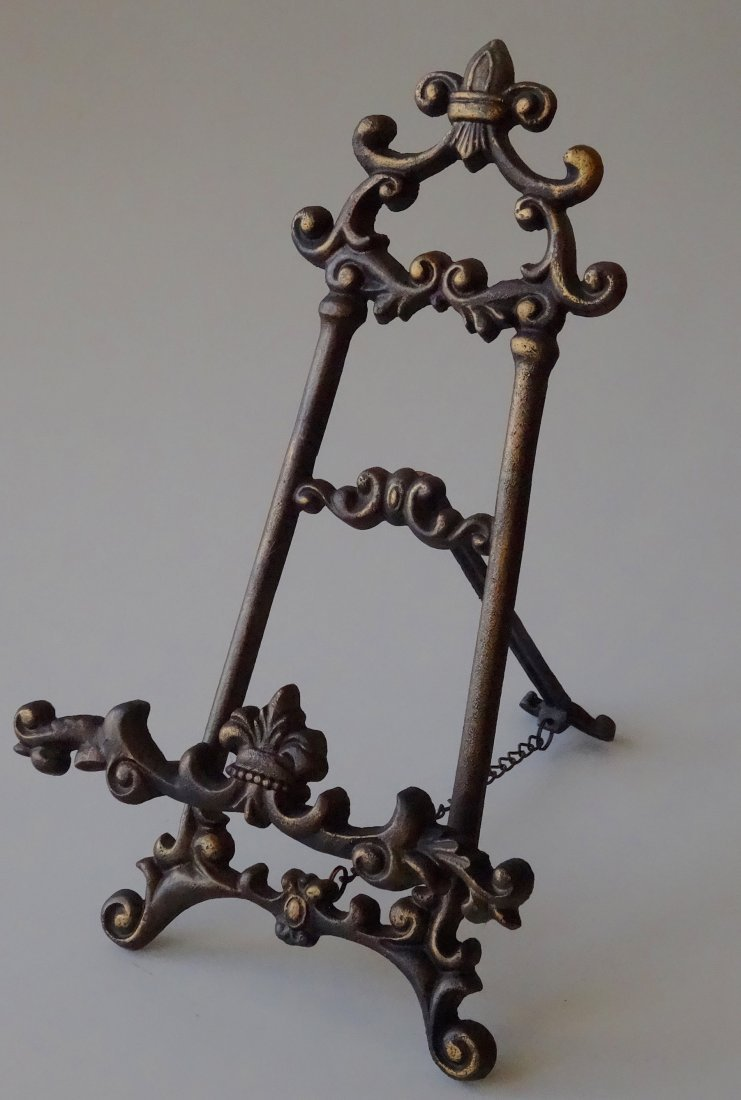 Cast Iron Easel Store Frame Display