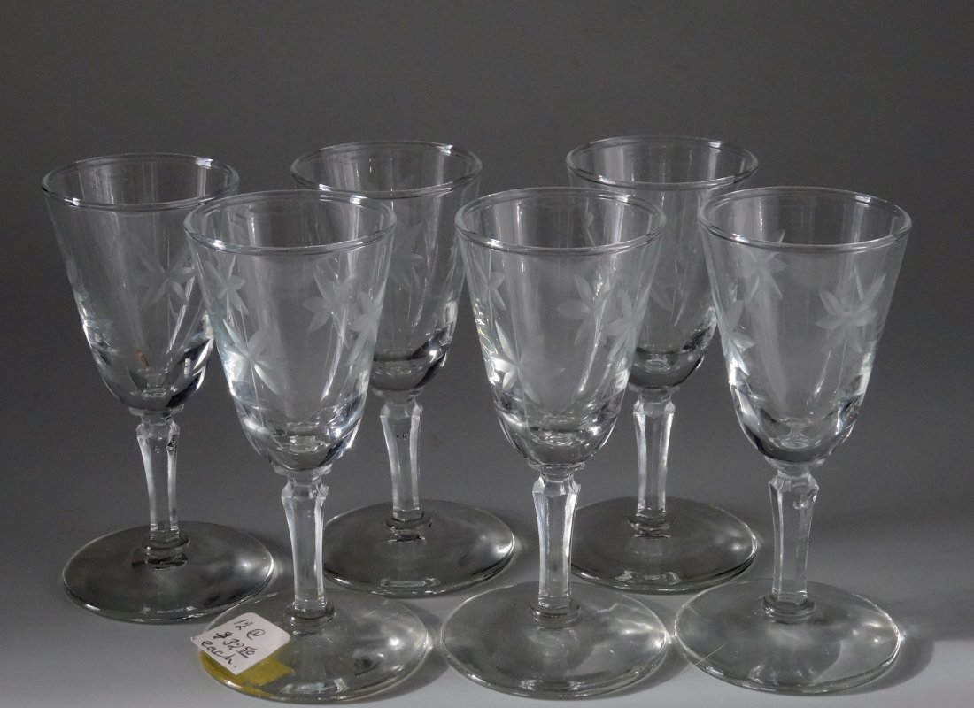 Art Deco Period Vintage Star Cut Glass Cordials Footed