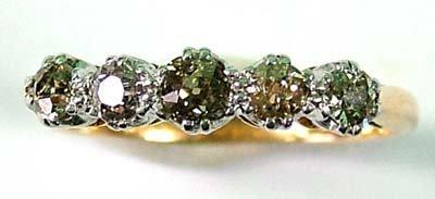 6: Ladies' five stone diamond ring,