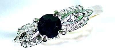 19: Ladies' sapphire and diamond ring