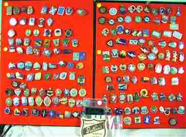 390: Butlin's badges