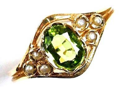 12: Ladies' peridot and seed pearl ring