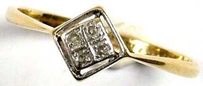 13: Ladies' Art Deco diamond ring