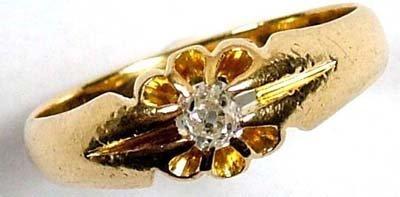 19: Gent's diamond set gypsy ring