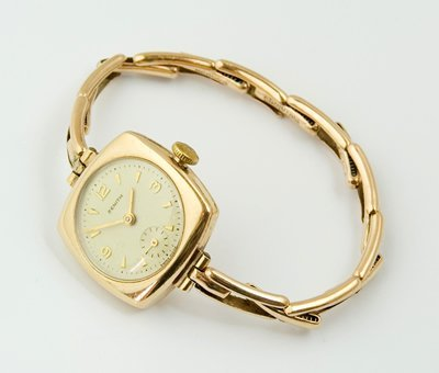 8: Ladies vintage Zenith wristwatch