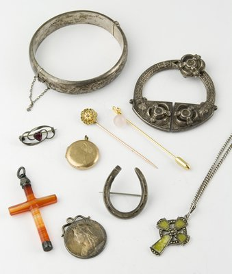 310: Various silver and other items (10)