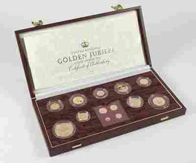 525: Elizabeth II, gold proof set, 2002