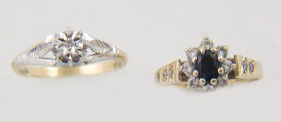 85: Ladies' dress rings (2)