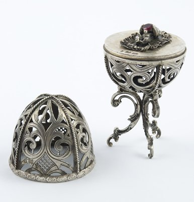 321: Russian silver christening egg