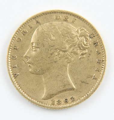 413: Victoria, young head, sovereign 1862