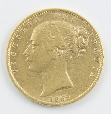 414: Victoria, young head, sovereign 1869