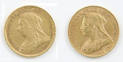 421: Victoria, old head, sovereigns (2)