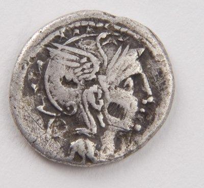 435: T. Manlius Mancinus, AR denarius