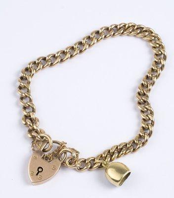 17: Ladies antique curb bracelet