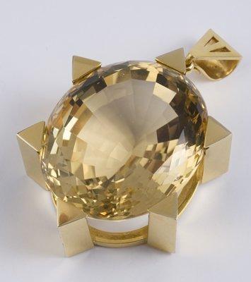 98: Large topaz pendant
