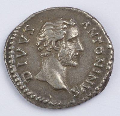 421: Antoninus Pius, AR denarius