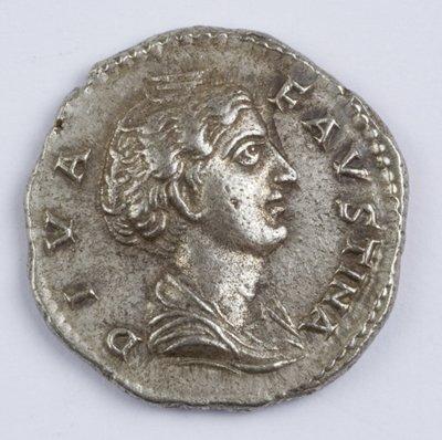 422: Faustina Senior, AR denarius