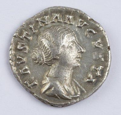 423: Faustina Junior, AR denarius