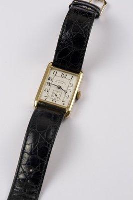 15: Gent's wristwatch by Sir John Bennett Ltd