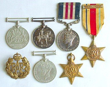 1425: RAF MM family group (6)