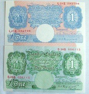 1445: Peppiatt £1 notes (2)