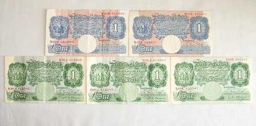 1446: Peppiatt and later £1 notes (5)