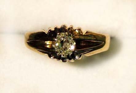 4: Antique diamond ring
