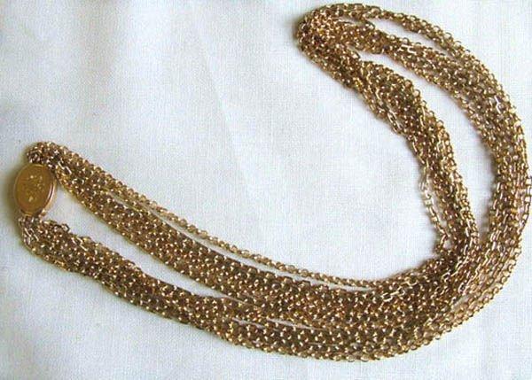 18: Ladies necklet