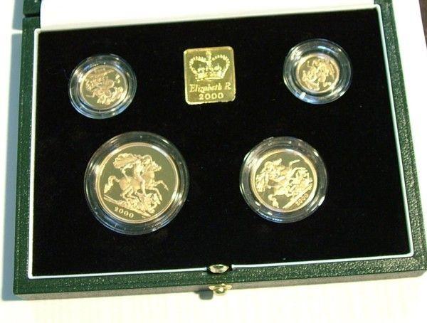 "962: Elizabeth II, gold proof set £5 down, 2000"""