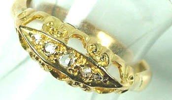 768: Ladies' antique diamond set ring