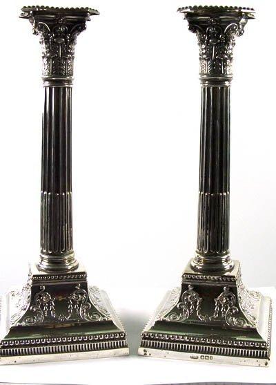 1063: Pair of candlesticks