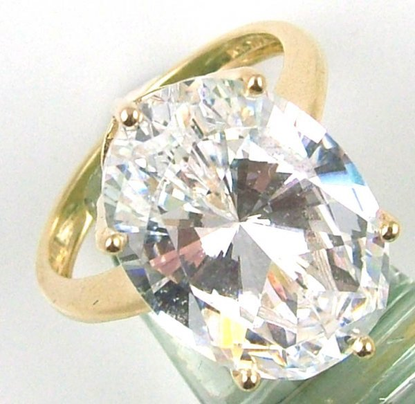 2: Ladies oval CZ solitaire ring