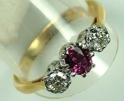 18: Ladies ruby and diamond ring