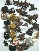 1029: British Military badges (32)