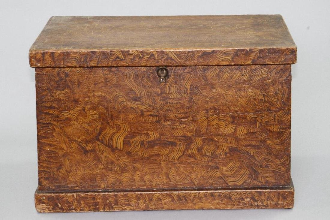 A SMALL GRAIN PAINTED STORAGE CHEST, 19THC.