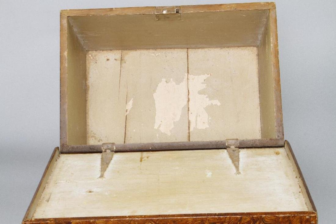 A SMALL GRAIN PAINTED STORAGE CHEST, 19THC. - 5