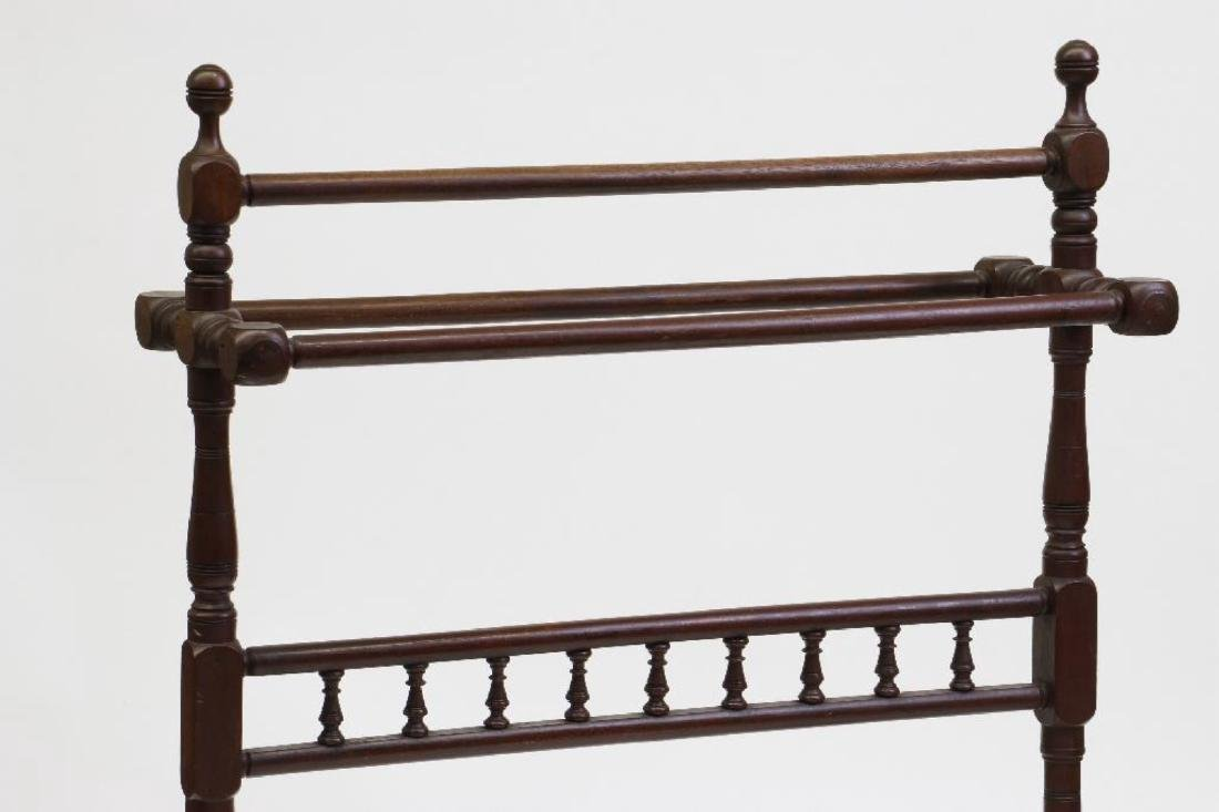 A PAINTED MAHOGANY BLANKET STAND, 19THC. - 3