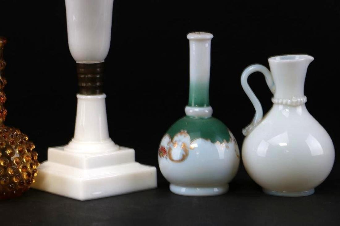 5 PIECES AMERICAN OR EUROPEAN COLORED GLASS - 5
