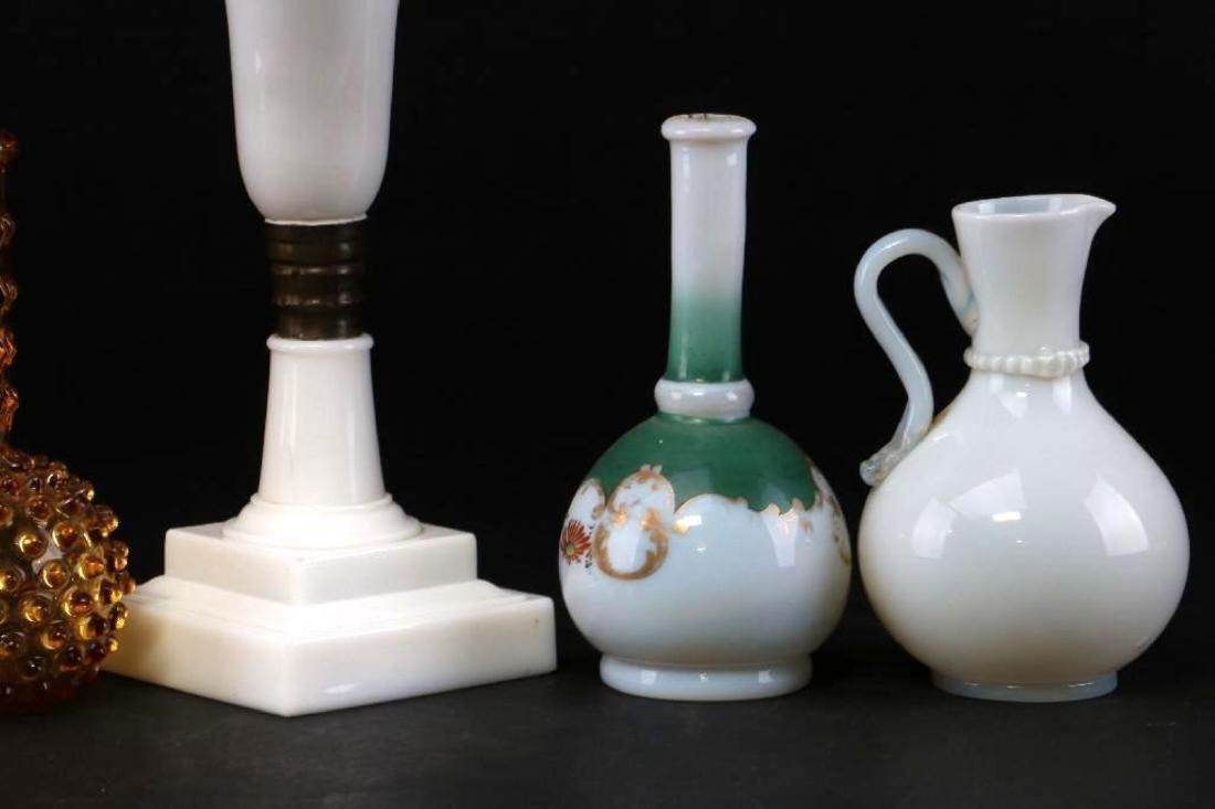 5 PIECES AMERICAN OR EUROPEAN COLORED GLASS - 6