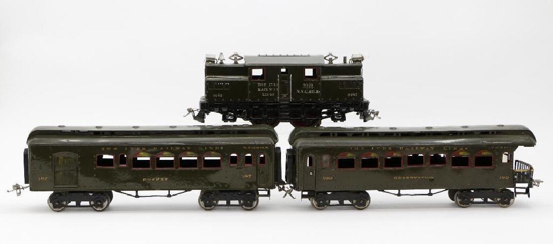 Ives Standard Gauge  Passenger Set - 3